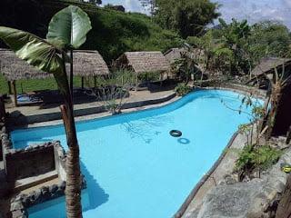 Villa Kolam Renang Taman Dolan Kota Batu